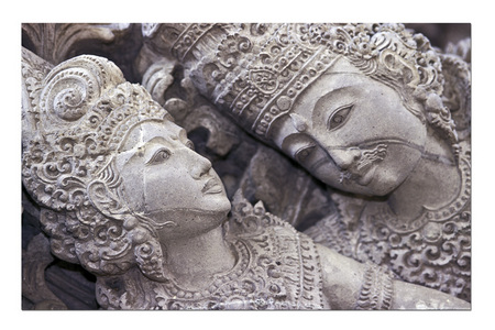 CARVED of LOVE :: Bali . Indonesia